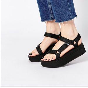 Teva Universal Flatform Platform Black Sandals